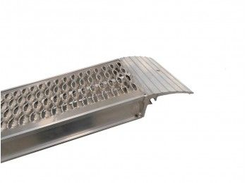 Oprijplaat set 240x30 cm 2800 kg met lip | Pak Onderdelen